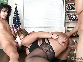 fair-haired bitch nylons licking