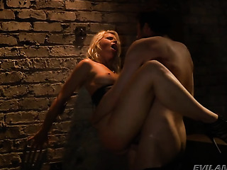 hot blonde slut cums