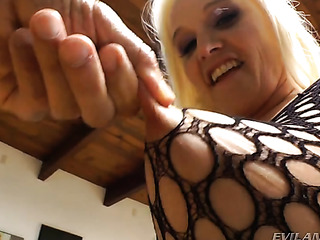 thick blonde slut black