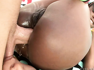 gorgeous ebony slut enjoys