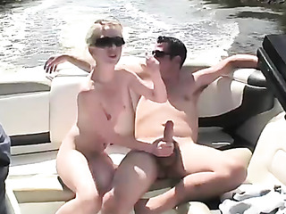 couple speed boat have