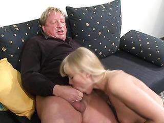 big-tit blonde gives deep