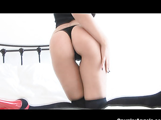 round ass amateur stockings