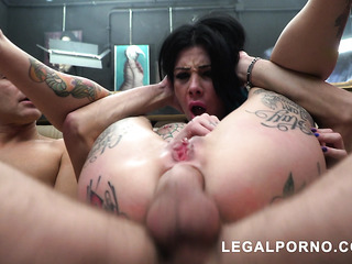 extreme gangbang for submissive