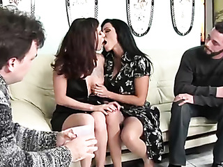 drunk housewives get horny