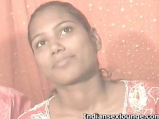 indian babe sucks cock