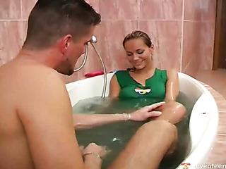 cocksucking the bathtub