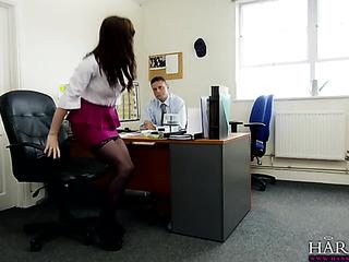 big-titted pelirroja secretaria enjoys