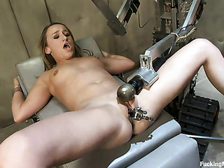 blonde honey needs speculum