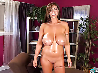 incredibly shaped girl with