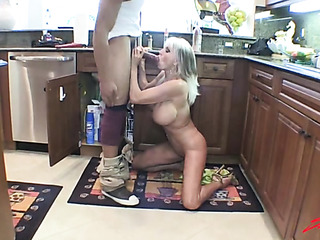 blonde milf gets the