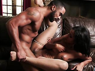 sexy latina babe uses